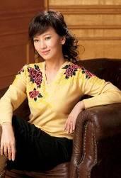 奸老女人_不老传说赵雅芝展风姿 让美丽的女人更自信(图)