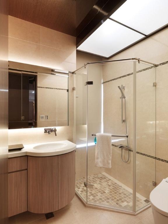 出门在外好不容易拥有一套自己的房子,在装修方面也得花费不少金钱,在装修卫生间方面也是一样,4平米的卫生间,属于不大不小的的卫生间,此类卫生间大小合适,在装修方面就不必太过花心思,但是合理的装修也是非常的重要的,那么4平米卫生间如何装修省钱?我们一起来了解一下。 1.