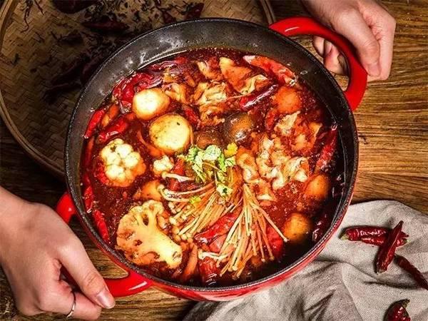 吃了一顿,接着再吃,是对麻辣火锅的流连忘返!