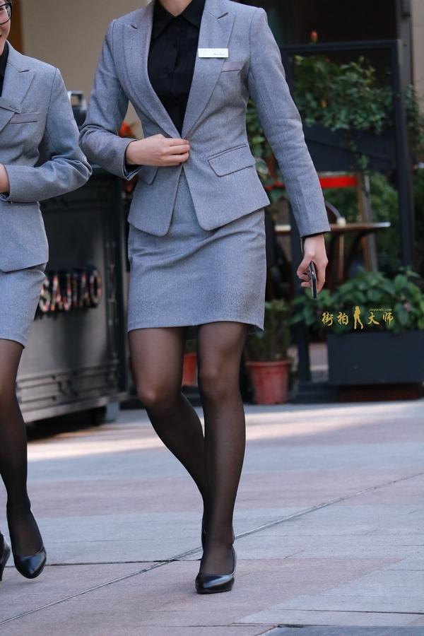 美女同事ol制服美腿图片丝袜味道785580715的日志
