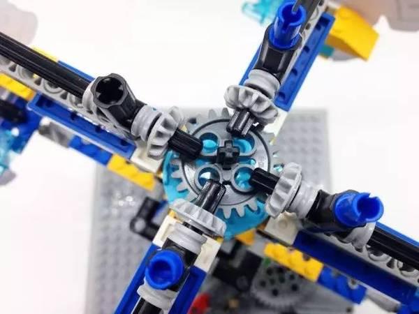 乐高玩机械  旋转木马 v.s.锥齿轮传动机构