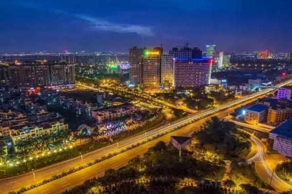 狮山北滘gdp_南宁狮山公园图片