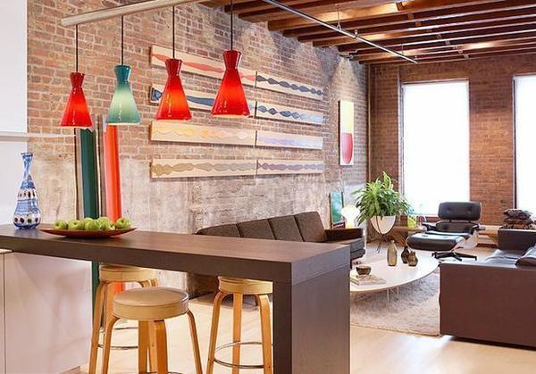△小吧台可以是开放式厨房与客厅之间的空间隔断图片
